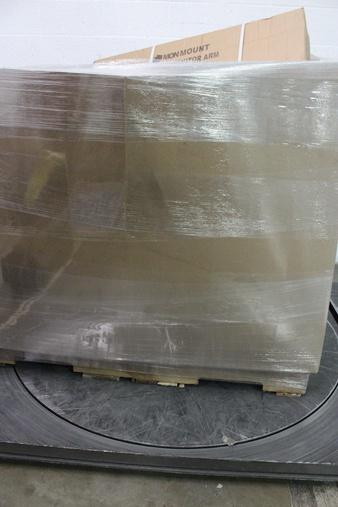 CLEARANCE! 1 Pallets – 933 Pcs – Office Supplies, Stationery & Invitations, Giftwrap & Supplies, Arts & Crafts – Customer Returns – Hallmark, Pacon, Guerrilla Accessories, Orange Circle Studio