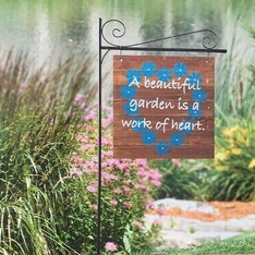 32 Pcs – Member's Mark 55″H Wooden Garden Flag With Steel Stake – New – Retail Ready