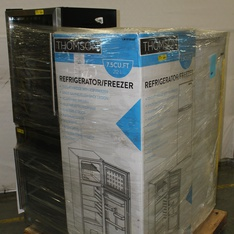 Pallet - 5 Pcs - Refrigerators, Bar Refrigerators & Water Coolers, Freezers - Customer Returns - Thomson