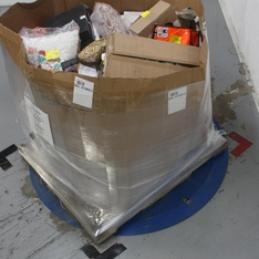 Pallet - 219 Pcs - Pantry, Arts & Crafts, Office Supplies, Accessories - Customer Returns - Oreo, Mascot, Furniture Creations, Amscan