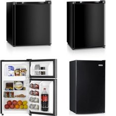 3 Pallets - 25 Pcs - Bar Refrigerators & Water Coolers - Customer Returns - HISENSE, Igloo