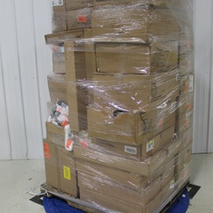 Pallet - 550 Pcs - Clothing, Shoes & Accessories - Brand New - Retail Ready - Americana, Goodfellow & Co, Original Use