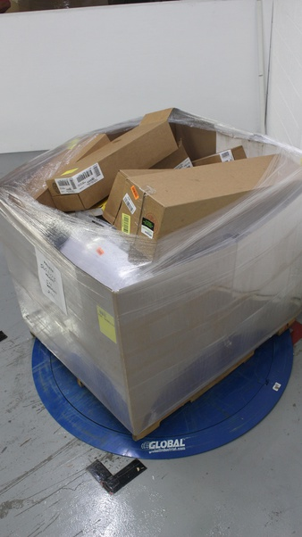 CLEARANCE! 1 Pallets – 85 Pcs – Calendars – Customer Returns – AT-A-GLANCE, House Of Doolittle, Mead, The Lang Companies