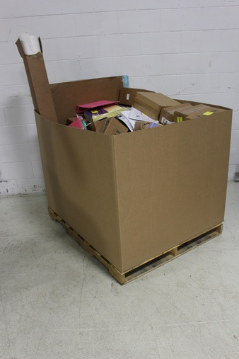 Clearance! Pallet – 176 Pcs – Office Supplies – Customer Returns – FunPak, AT-A-GLANCE, Acme United, Hallmark