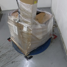 Pallet - 2 Pcs - Office - Damaged / Missing Parts - threshold, Boss Office Products