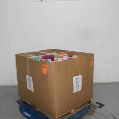Clearance! Pallet - 912 Pcs - Decorations & Favors, Giftwrap & Supplies, Stationery & Invitations, Costumes - Customer Returns - spritz, Made for Retail, Bullseye's playground, American Greetings