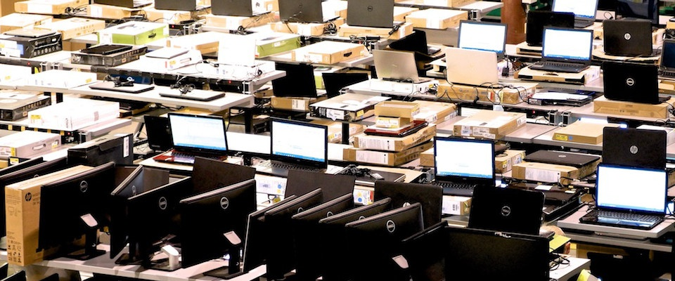 How to Buy Refurbished Electronics Wholesale and Sell for a