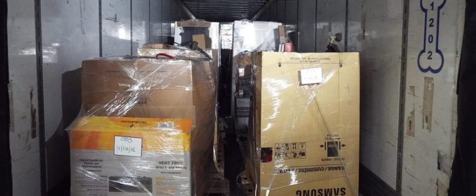 How To Buy Pallets And Boxes Of Returns From Amazon