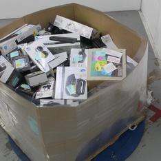 Pallet - 229 Pcs - In Ear Headphones, Accessories, DVD Discs, Portable Speakers - Customer Returns - Blackweb, Onn, Universal Studios, Lionsgate