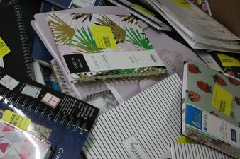 Clearance! Pallet – 1382 Pcs – Office Supplies, Calendars – Customer Returns – Blue Sky, Moleskine, AT-A-GLANCE, Orange Circle Studio