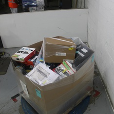 Pallet – 241 Pcs – Other, Accessories, Chargers, Batteries – Customer Returns – Onn, Blackweb, Wire Trak, DURACELL