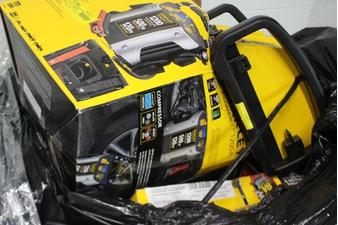 Pallet – 68 Pcs – Power, Automotive Accessories – Customer Returns – Stanley, Schumacher