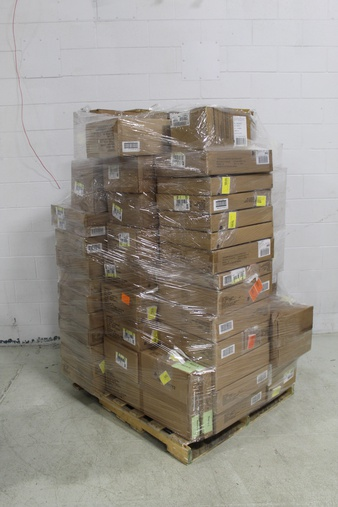 Truckload – 26 Pallets – 23537 Pcs – T-Shirts, Polos, Sweaters & Cardigans, Backpacks, Bags, Wallets & Accessories, Underwear & Socks, Sleepwear & Robes – Brand New – Retail Ready – Cat & Jack, A New Day, Ava & Viv, Universal Thread