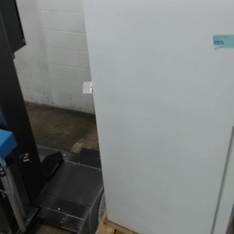 Pallet - 1 Pcs - Refrigerators - Damaged / Missing Parts - Maytag
