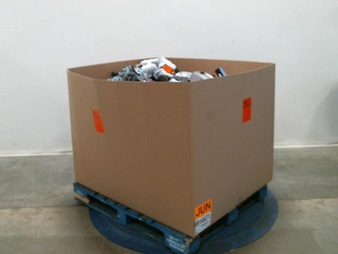 Pallet – 254 Pcs – Underwear, Intimates, Sleepwear & Socks, Unsorted, Shirts & Blouses, T-Shirts, Polos, Sweaters – Customer Returns – Under Armour, Woolrich, Member's Mark