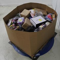 Pallet – 409 Pcs – Accessories, Books, Backpacks, Bags, Wallets & Accessories, Giftwrap & Supplies – Customer Returns – happy deals, Fast Forward, Aureday, Senco