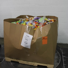 Clearance! Pallet - 1680 Pcs - Gourmet Grocery, Pantry, Health & Safety - Customer Returns - Hershey's, Mars, Brach's, Lindt