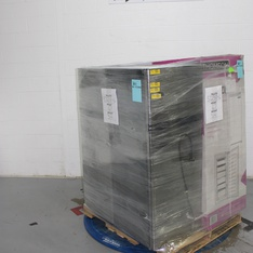 Half Truckload - 13 Pallets - 1408 Pcs - Sony, Nintendo, In Ear Headphones, Other - Customer Returns - Blackweb, Ubisoft, Electronic Arts, Onn
