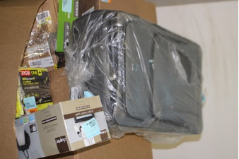 Pallet – 78 Pcs – Fitbit, Decor, Powered, Automotive Accessories – Tested NOT WORKING – FitBit, Paladone, REESE, Canon