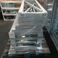 30 Pallets - 173pcs - Racking - Beams Mixed Sizes - Used Fixed Assets