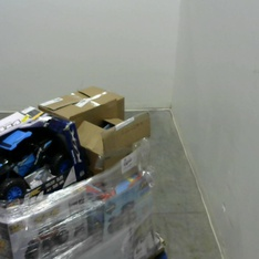 3 Pallets – 39 Pcs – Toys – Vehicles, Trains & RC, Vehicles, Action Figures – Customer Returns – New Bright, Jetson, UNBRANDED, Hasbro