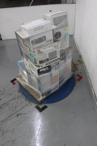Pallet – 8 Pcs – Air Conditioners – Customer Returns – BLACK & DECKER