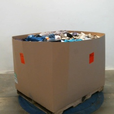 Pallet – 663 Pcs – T-Shirts, Polos, Sweaters, Unsorted, Shirts & Blouses, Girls – Customer Returns – Reebok, Under Armour, Active Life, Fanatics