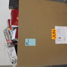 Pallet - 137 Pcs - Car Audio, Mixed Electronics & Accessories - Customer Returns - Pioneer, One For All, Onn, JBL