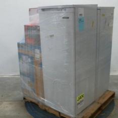 Pallet – 6 Pcs – Freezers – Customer Returns – CURTIS INTERNATIONAL LTD, Dyna-Glo