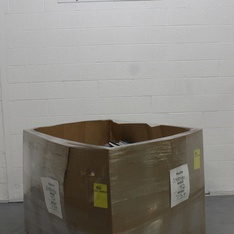 Pallet - 1098 Pcs - Office Supplies, Calendars - Customer Returns - AT-A-GLANCE, Blue Sky, Cambridge, Moleskine